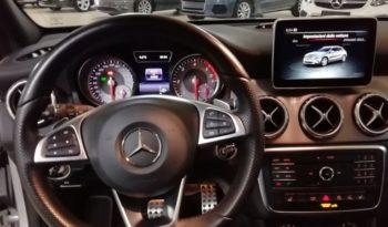 MERCEDES GLA 200d Premium Automatic completo