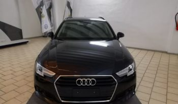 AUDI A4 Avant 2.0tdi 150 hp Stronic Business completo