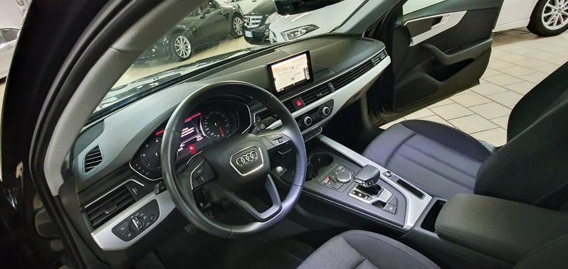 AUDI A4 2.0tdi 150hp, Stronic, Business, – 2018 completo