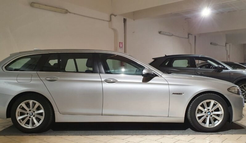 BMW 525d Touring Xdrive Automatic completo